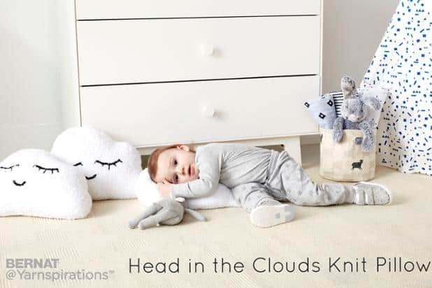clouds knit pillow