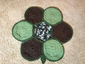 granny round turtle blanket