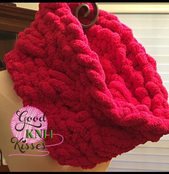 Cross Stitch Cowl Zippy Loom Knit