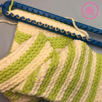 garter stitch baby blanket on loom