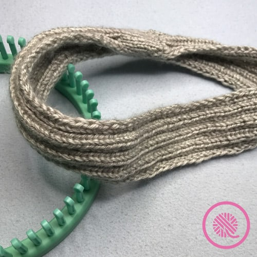Easy Ribbed Headband FInished