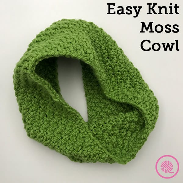 Knit this Easy Moss Cowl Pattern in the Round!