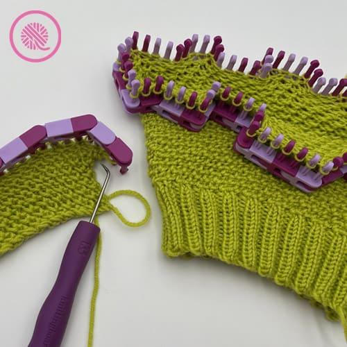 loom knit reverse edelweiss stitch flat panel or in the round