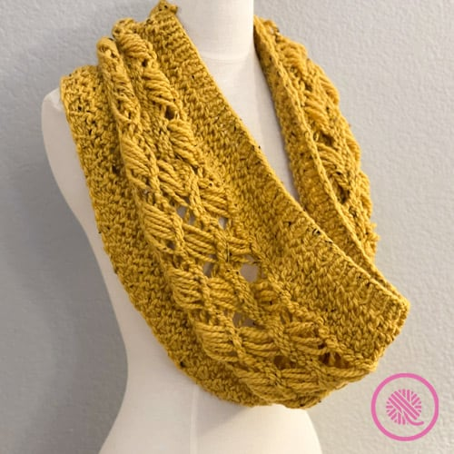 chunky loom knit retreat cowl in size large
